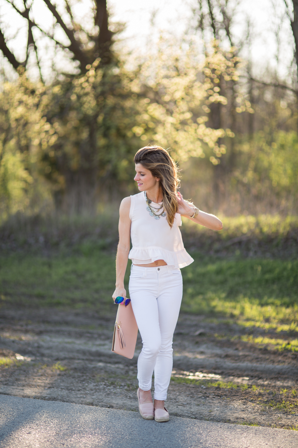 Blush Peplum Top and White Jeans5