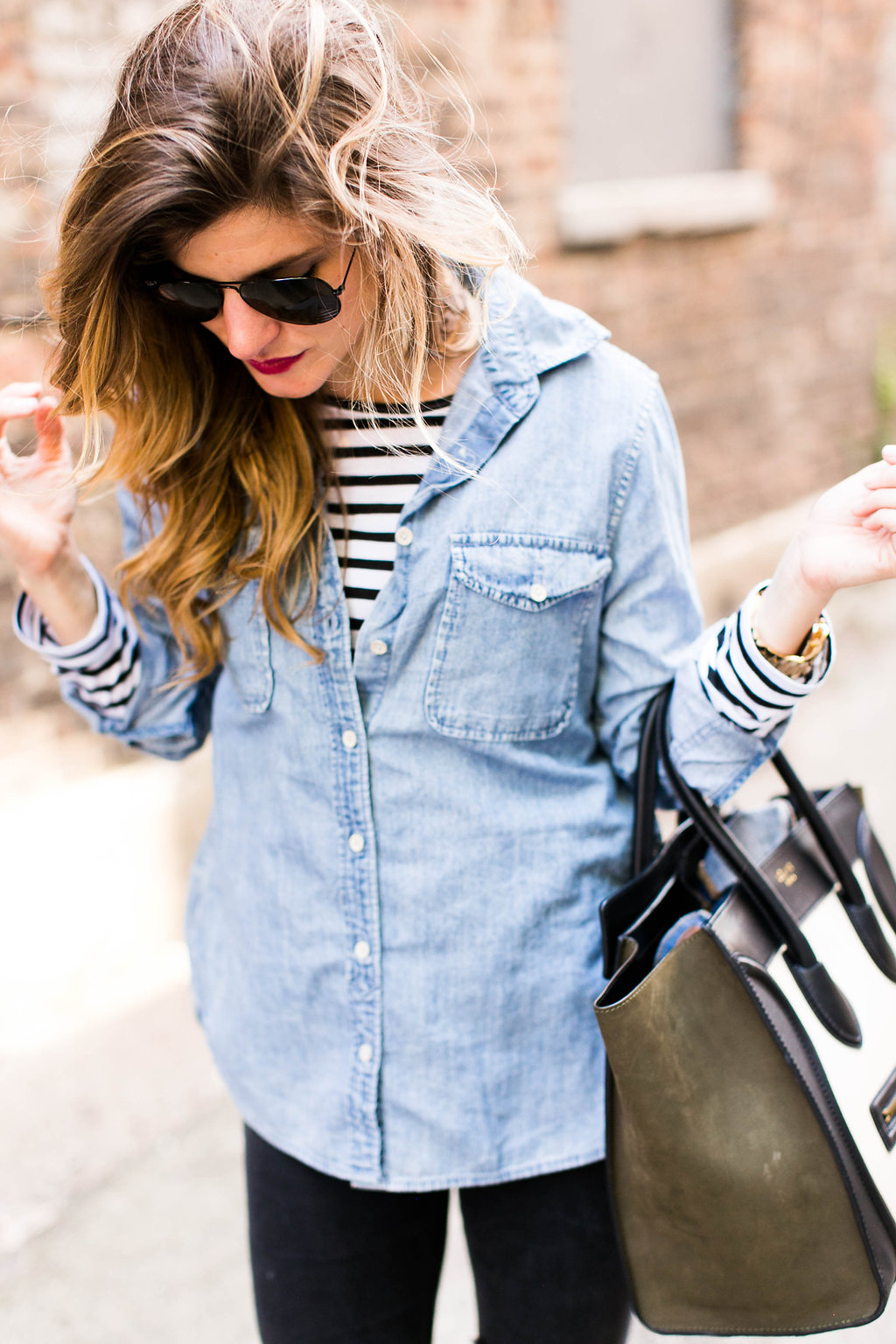 142e4f71b734f brighton the day styling black jeans with chambray shirt