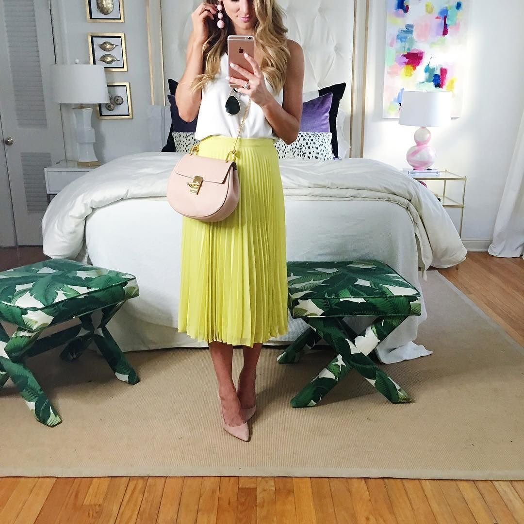 brighton the day reward style party outfit with neon pleated skirt, white camisole, blush pink shoes and bon bon drop earrings // pleated midi skirt outfit // chartreuse and blush color combo, summer spring outfit with chartreuse and blush pink // spring outfit pleated midi skirt