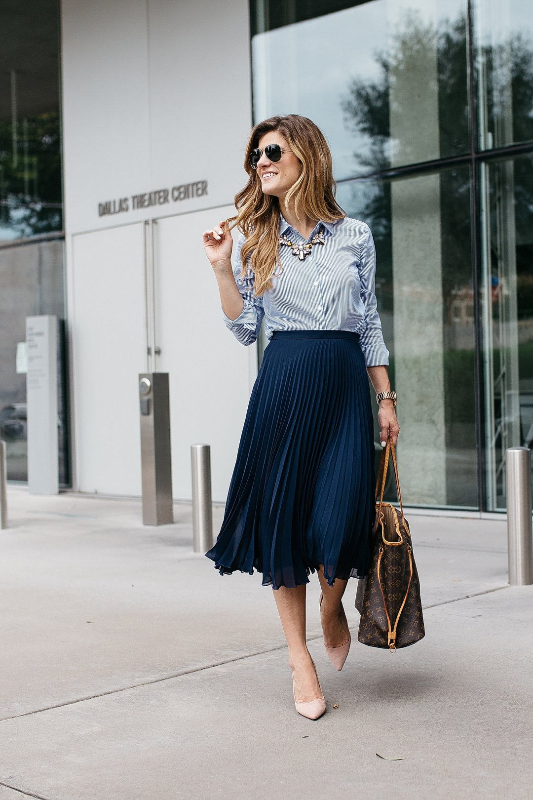 business casual outfit pleated midi skirt
