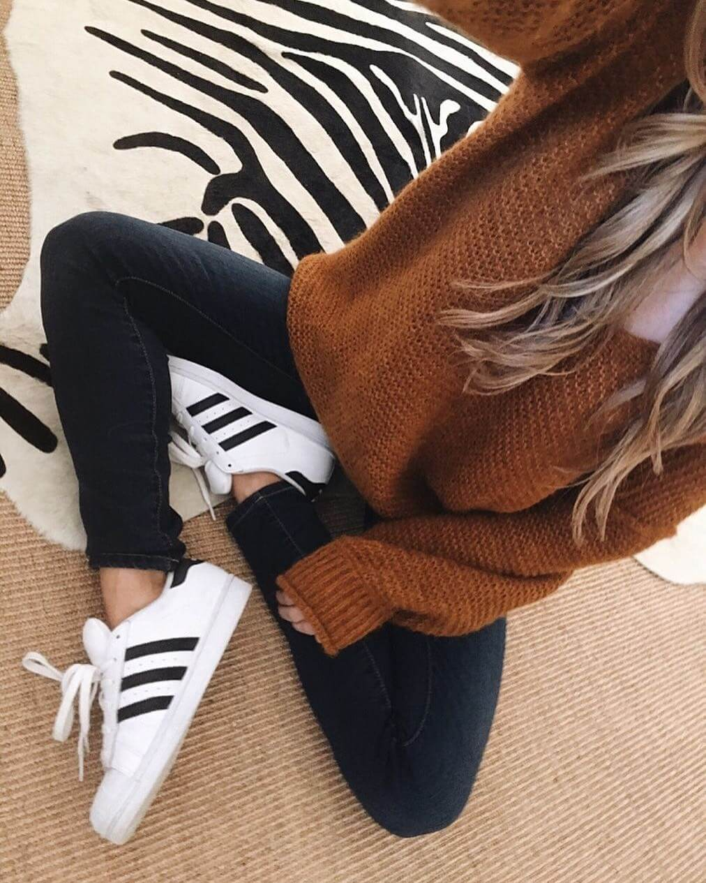 free people cozy sweater and all star sneakers