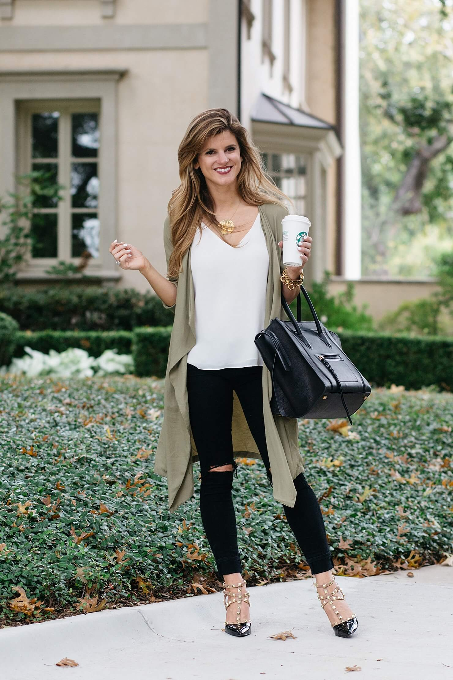a365a81791f8 What to wear with black jeans - 30+ Black Jeans Outfit Ideas