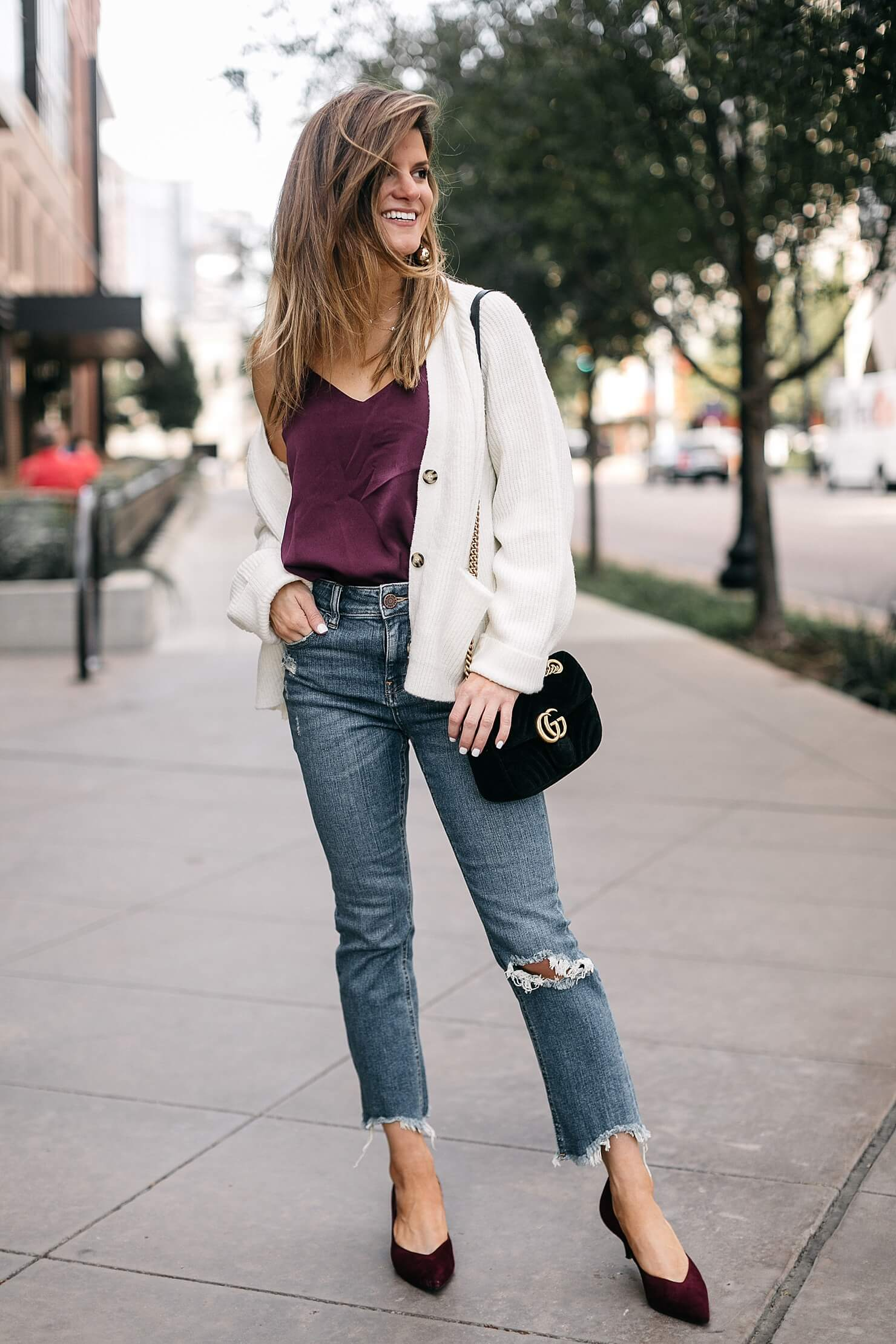 camisole tank, cream cardigan, girlfriend jeans and kitten heels with gucci bag