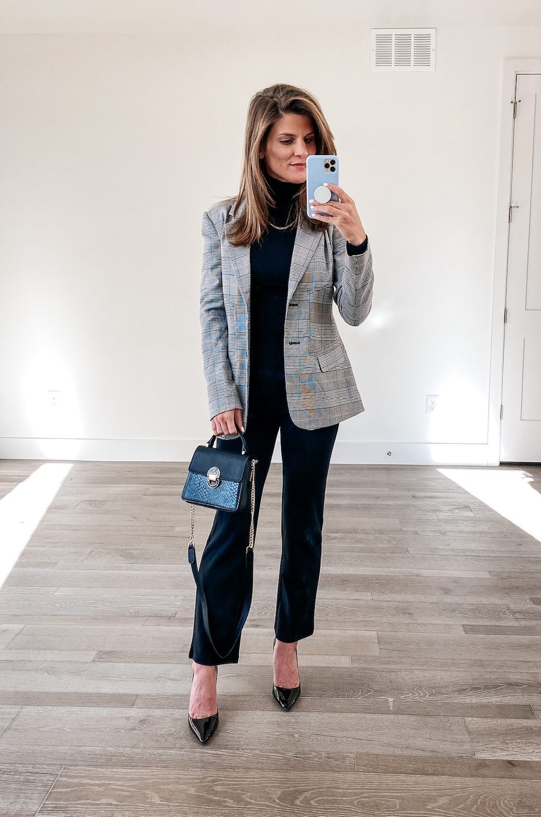 how to stye a black turtleneck for work, plaid blazer, all black outfit, business casual outfit, winter outfit