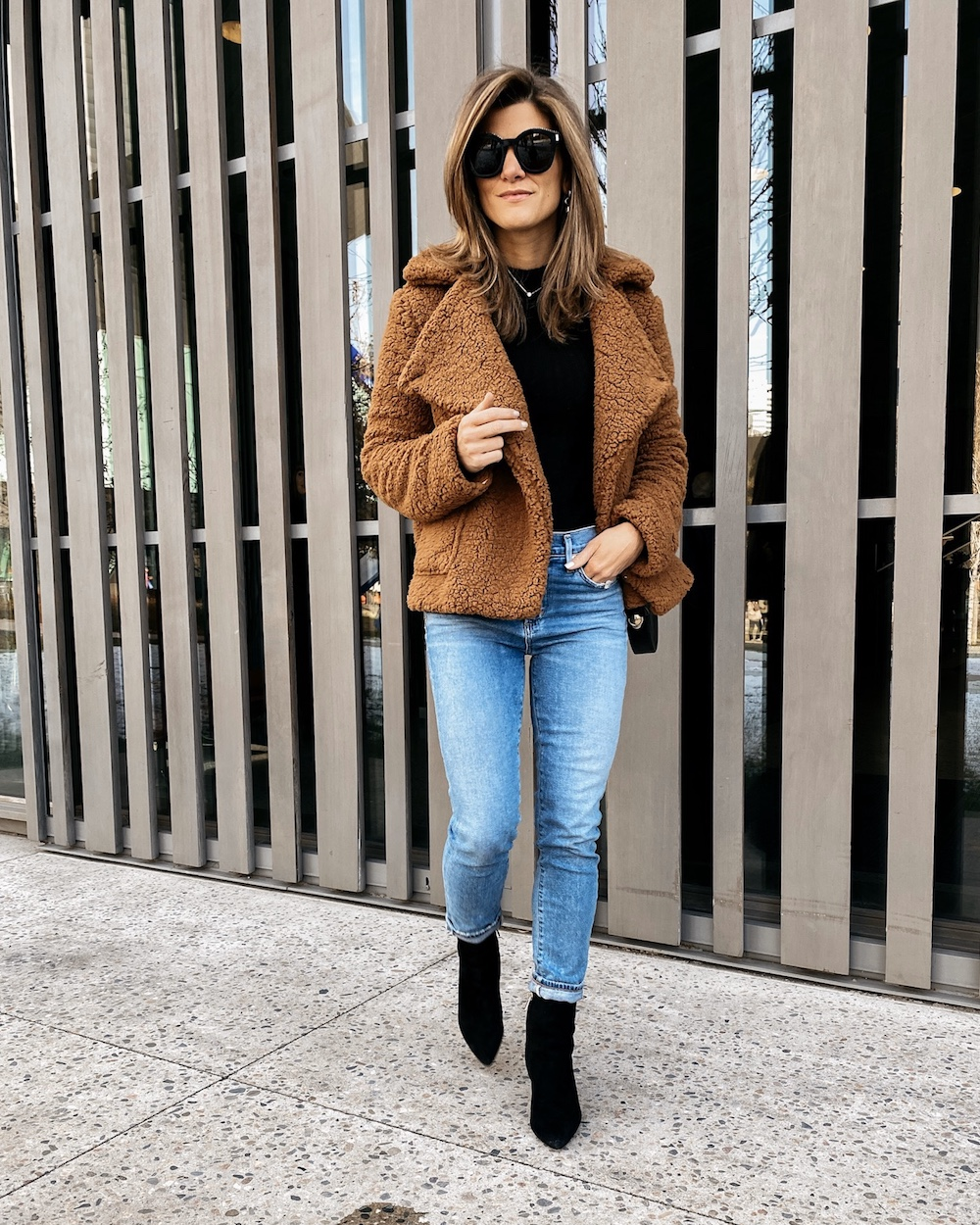 black and brown winter outfit