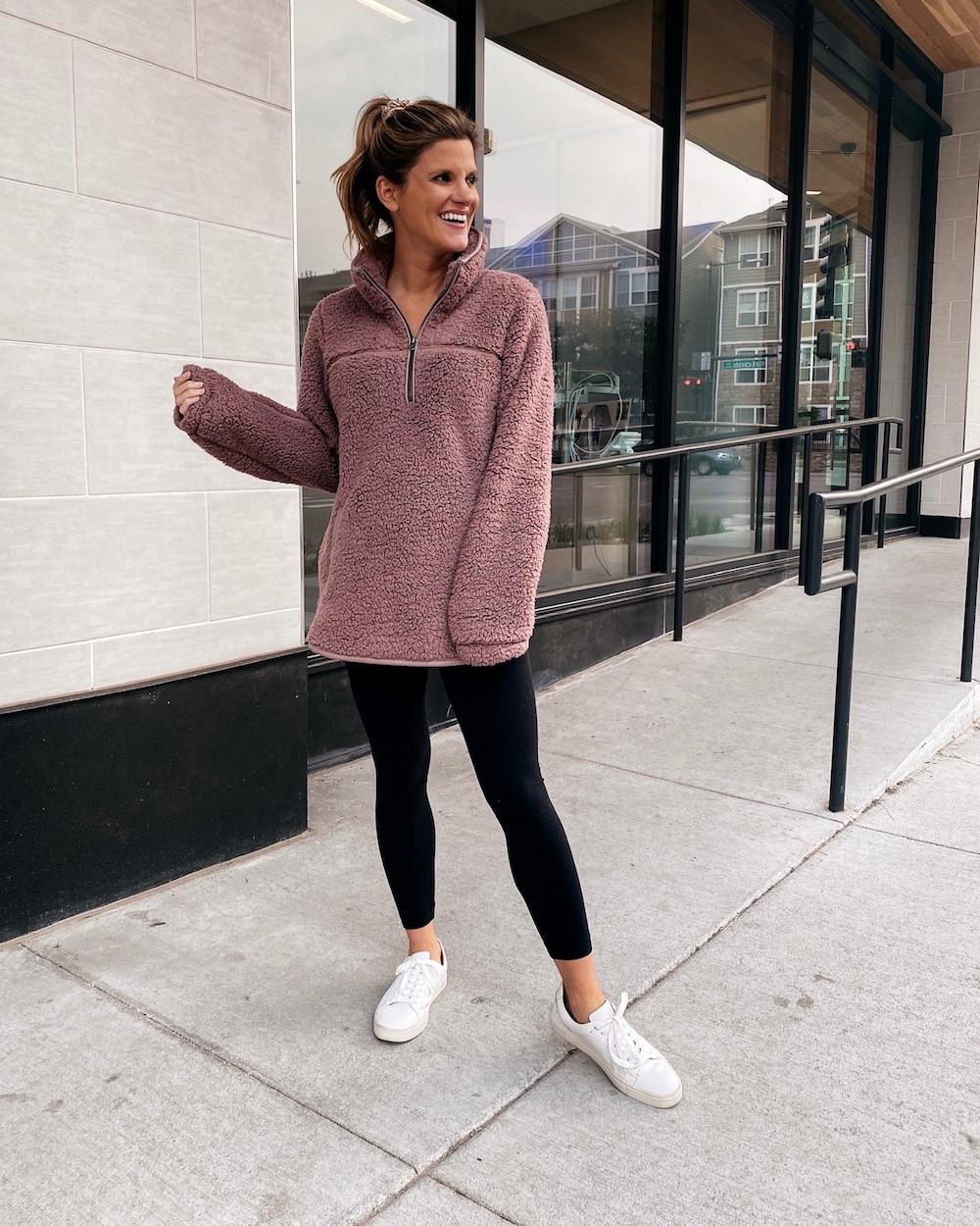 abercrombie fleece, black leggings, white sneakers, cozy fall outfit